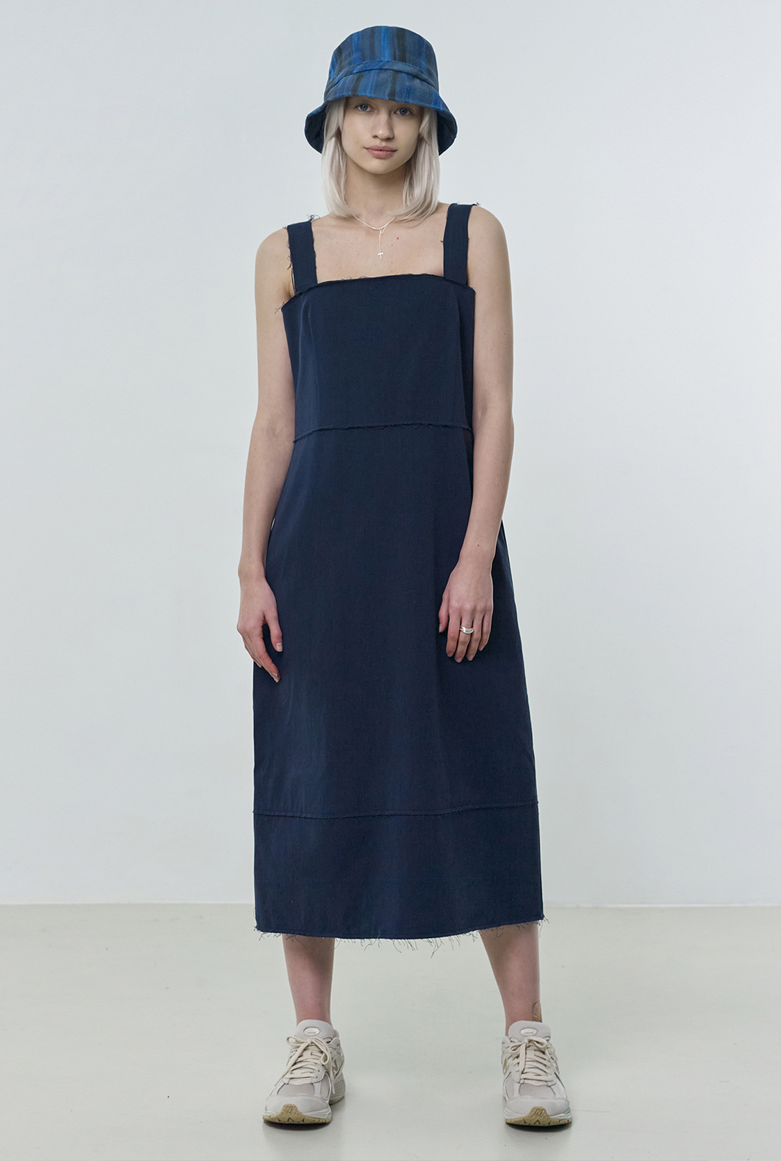 R RAW CUTTING DRESS [2colors]